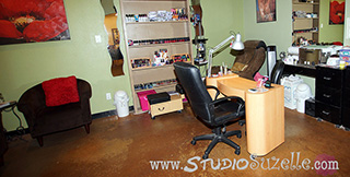 Salon Interior Photo